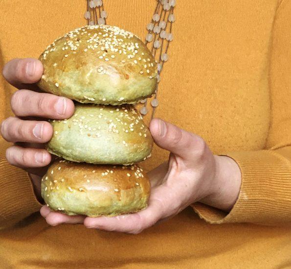 Burger buns all'alga spirulina| Ça va sans dire | cavasansdire.com